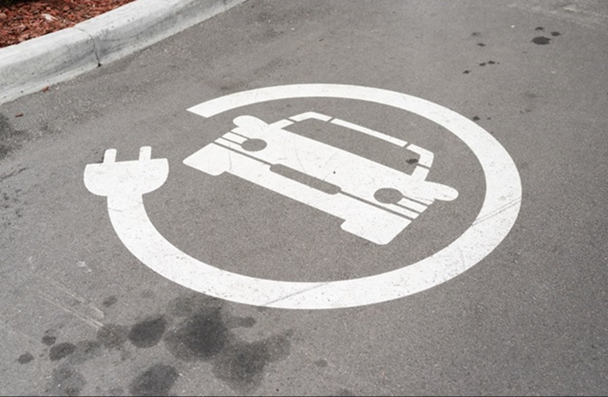 Electric Vehicle (EV) chargepoints
